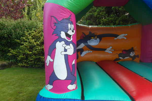 Tom and jerry bouncy castle large 6