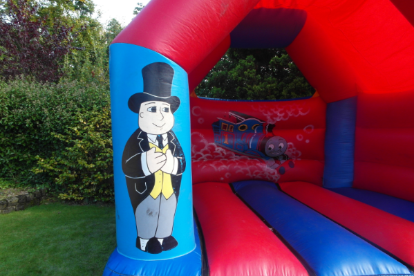 Thomas the tank Bouncy Castle large 7