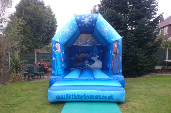 Frozen Bouncy Castle small 1