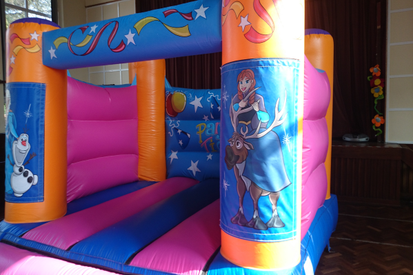 Frozen Bouncy Castle large 3