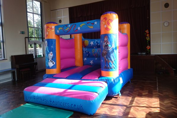 Frozen Bouncy Castle large 5